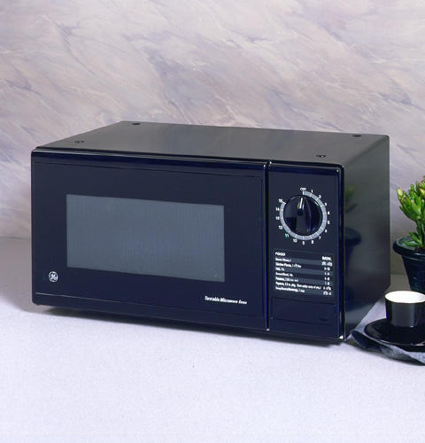 Je510bw Ge Subcompact 5 Cu Ft Capacity Microwave Oven With Turntable And 1 Level Monogram Liances