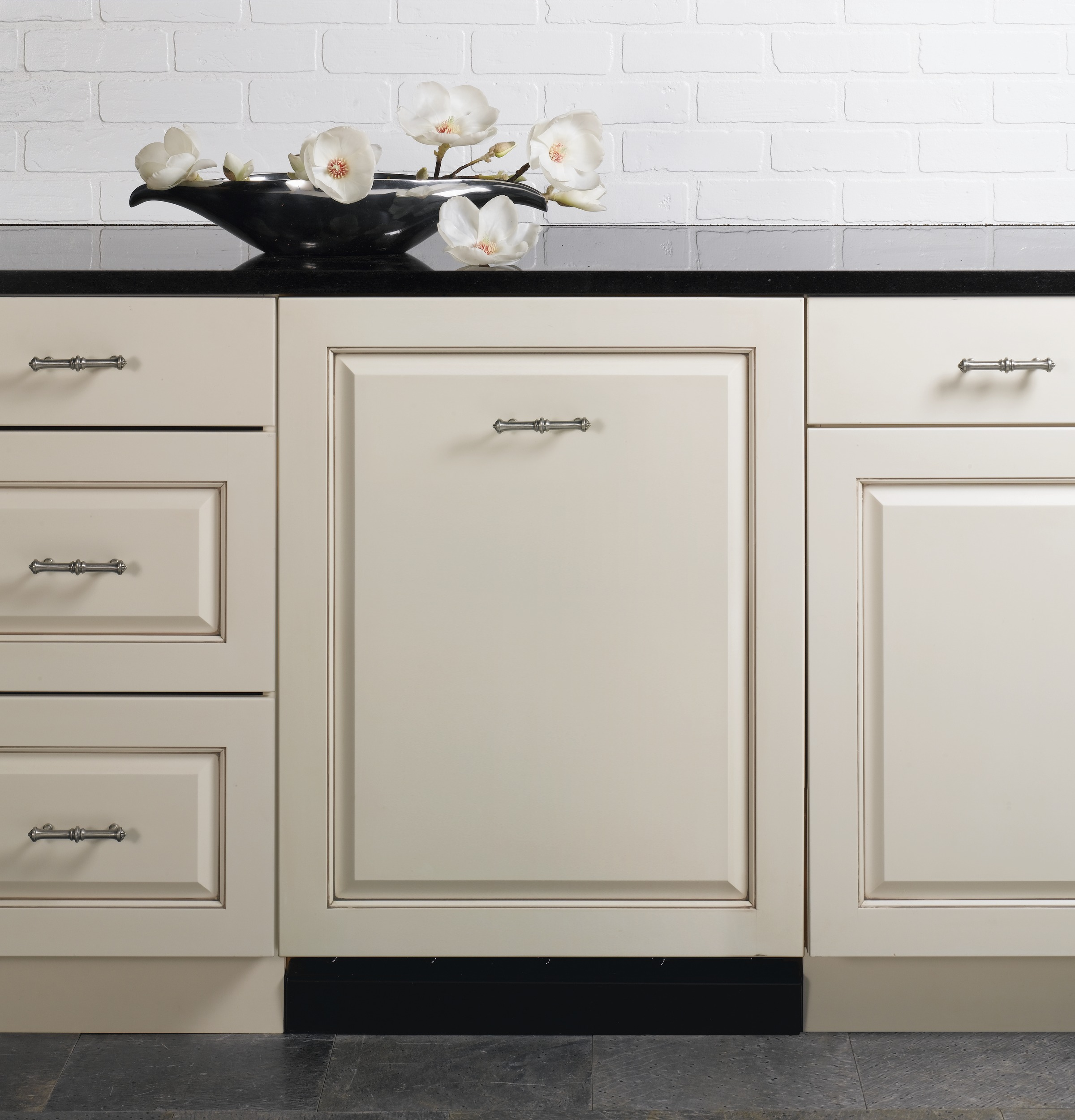 great cabinet allow layout avoid drawers a dishwasher example top next drawer to leaving wendykitchen design kitchen of additional space the blog mistakes