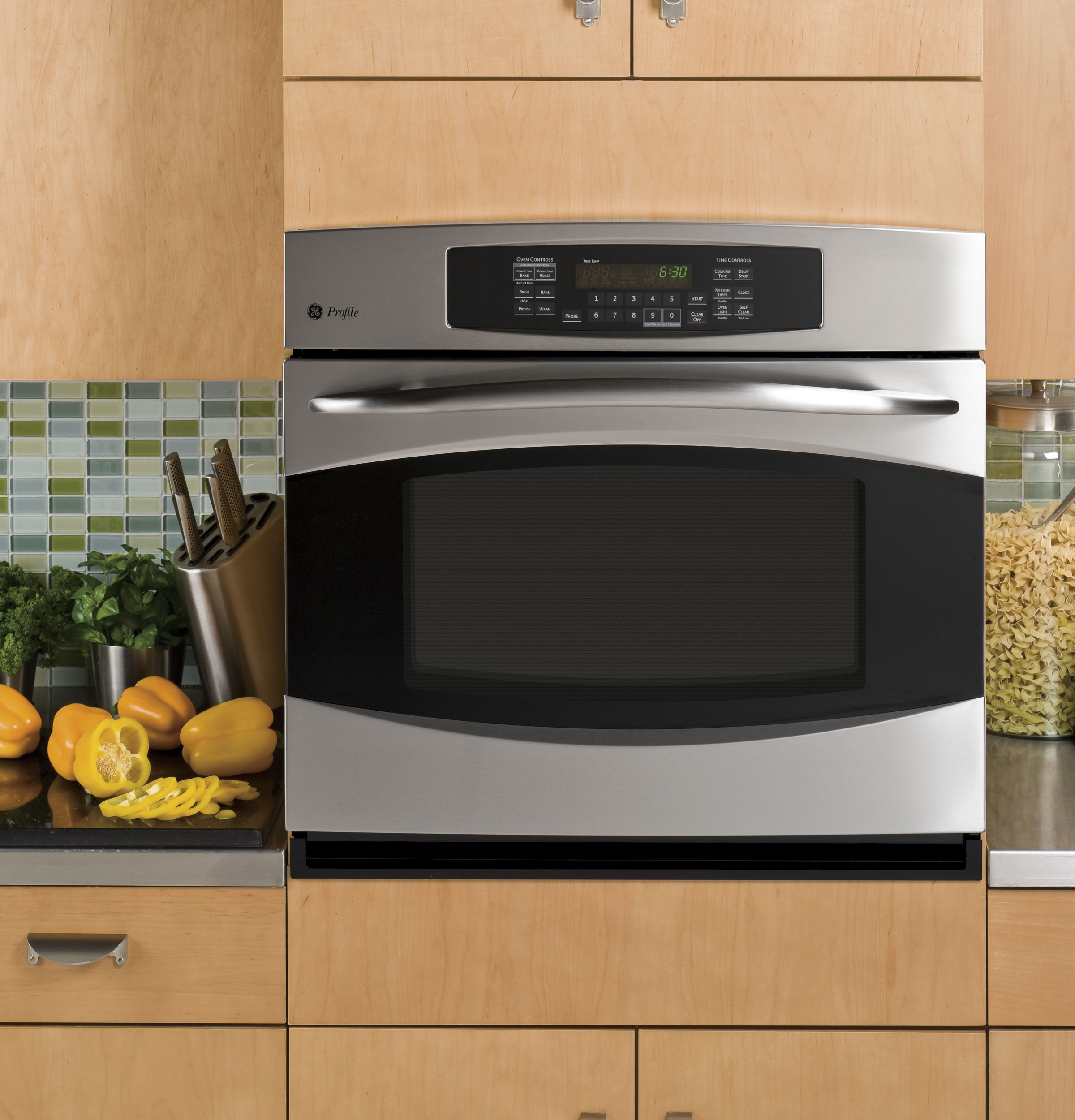 Wall oven under cooktop - Product Image