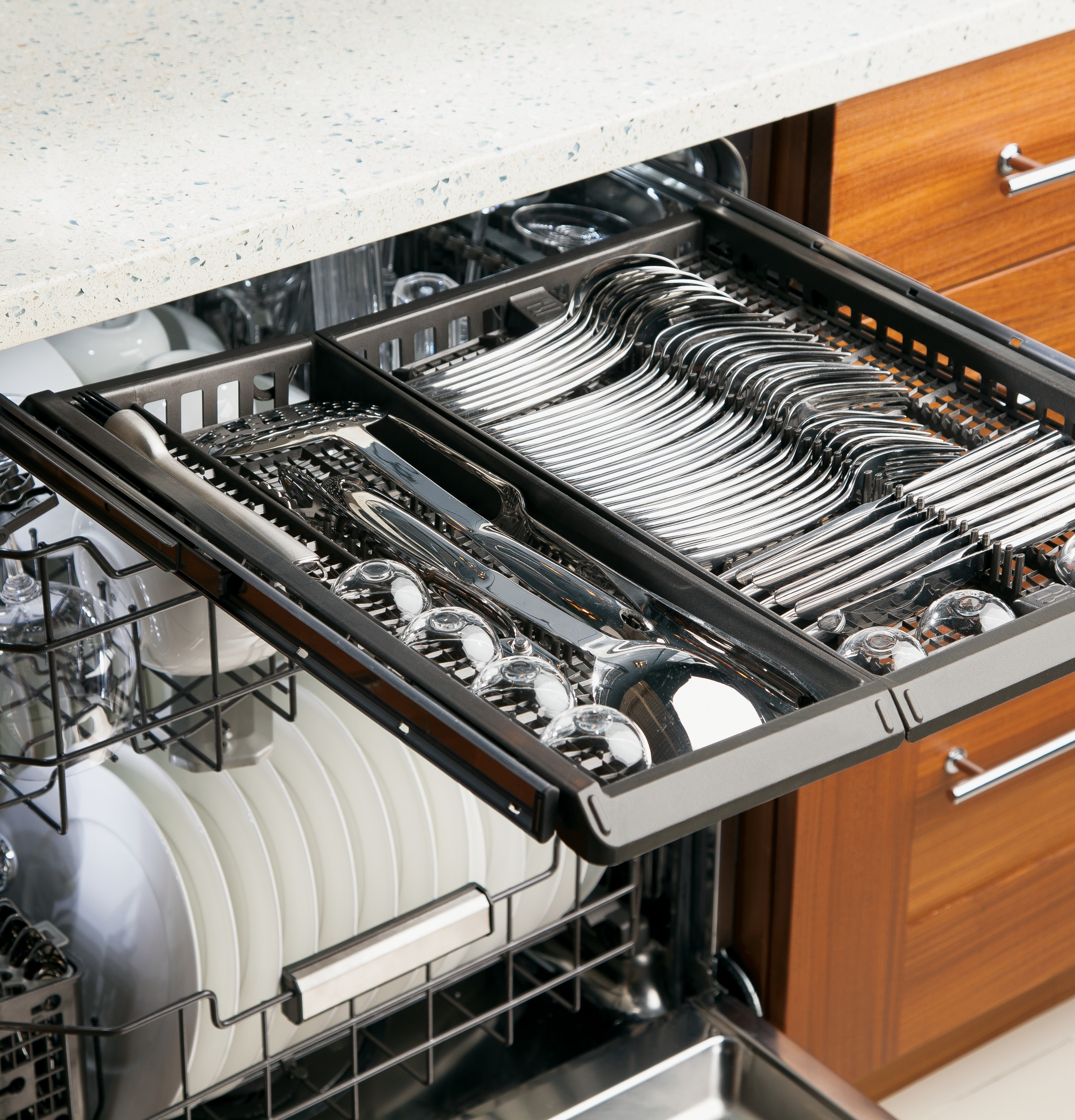 Ge Monogram Kitchen Appliances Monogramar Fully Integrated Dishwasher Zdt870sifii Ge Appliances