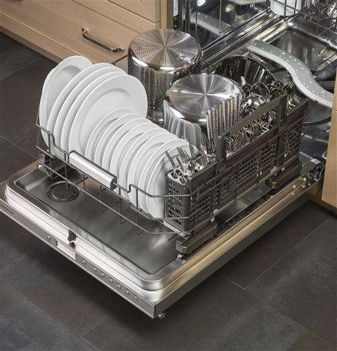 Thumbnail of Monogram Fully Integrated Dishwasher 10