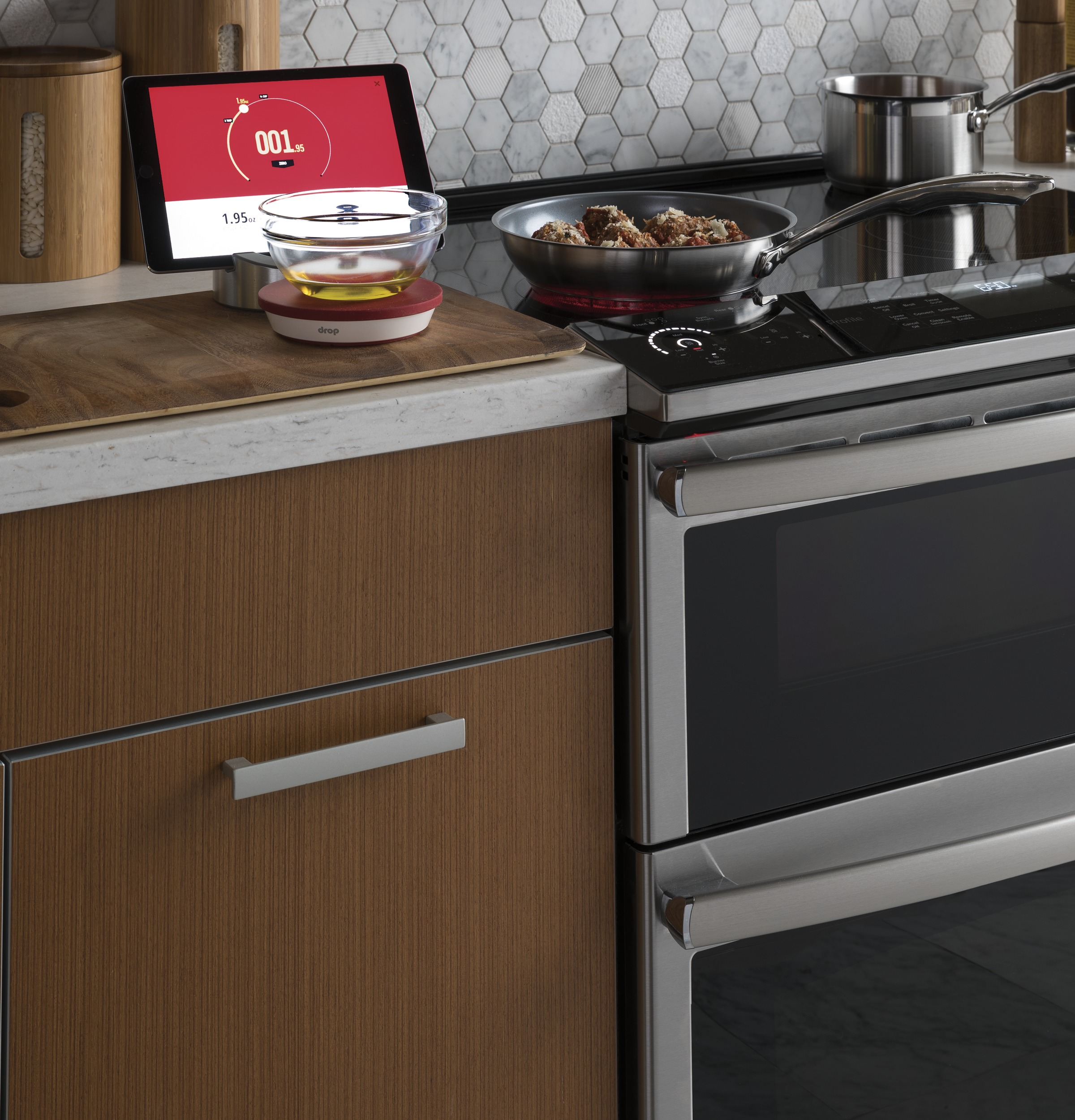 Ge Profile Series 30 Slide In Electric Double Oven Convection Besides Monogram Microwave On Parts Diagram 1 Of 16