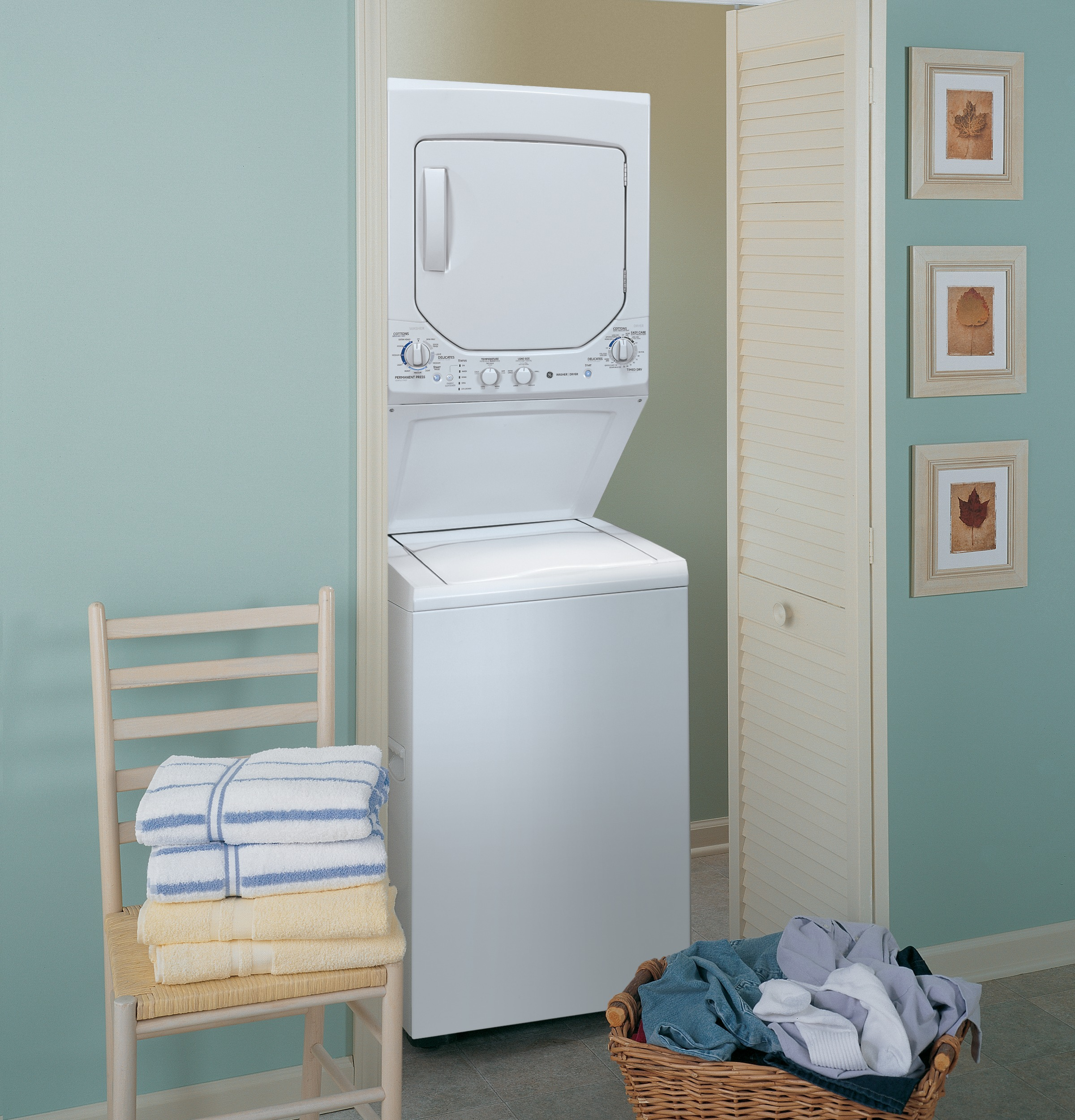 Ge Unitized Spacemaker 174 2 0 Doe Cu Ft Washer And 4 4 Cu