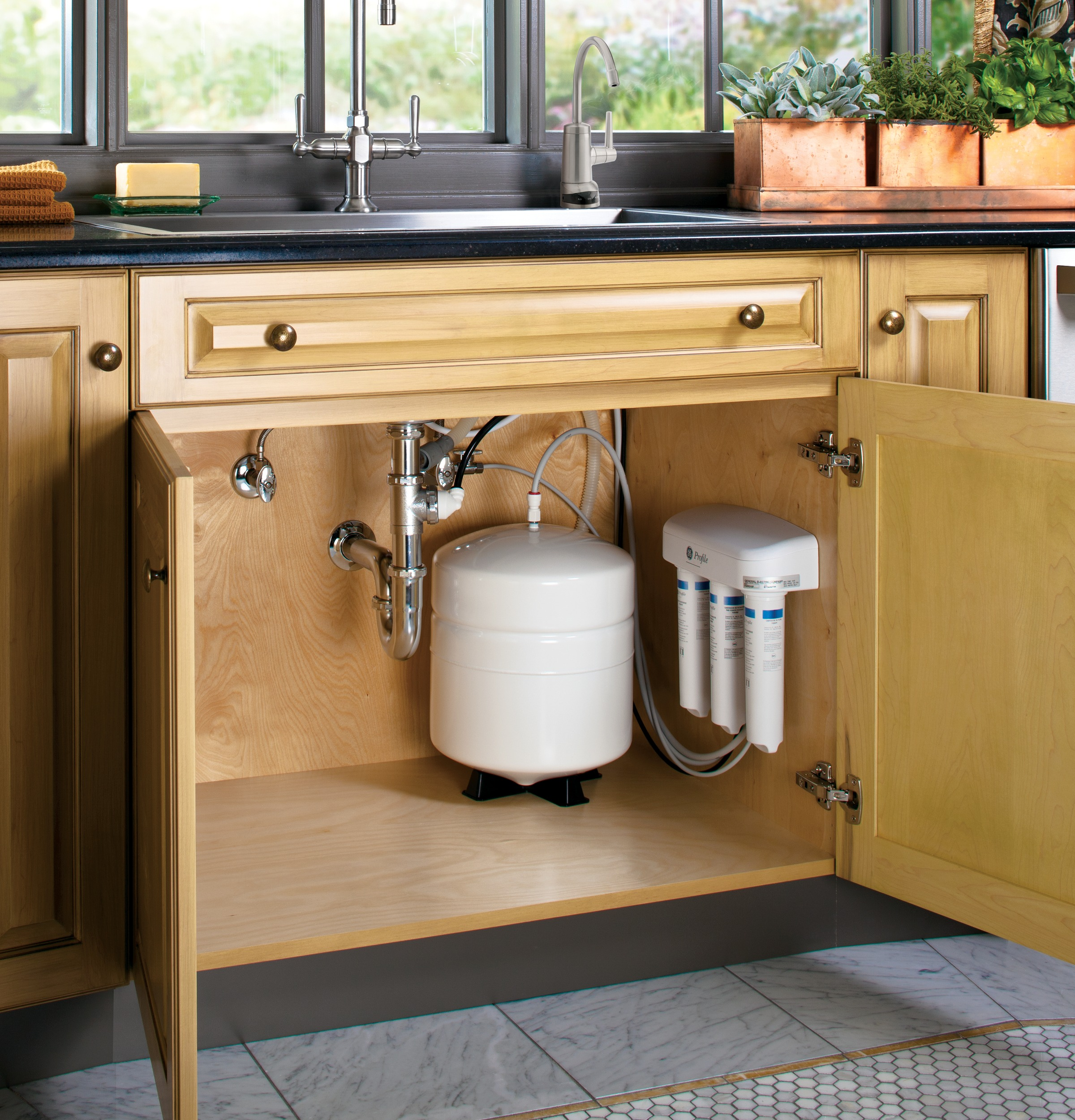 Ge Profile Reverse Osmosis Filtration System With Brushed