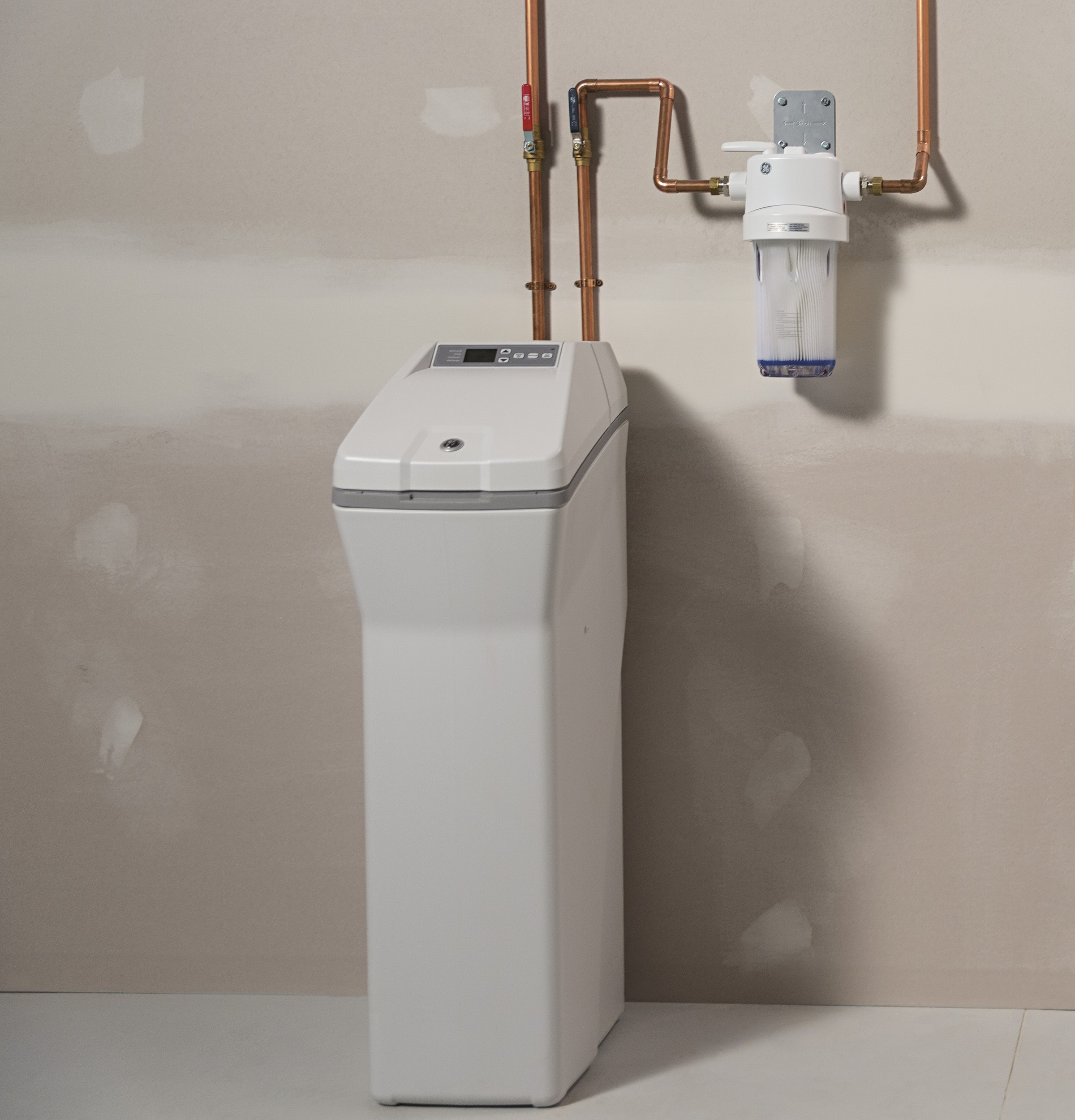 GE GXSH40V Water Softener - With a sediment filter