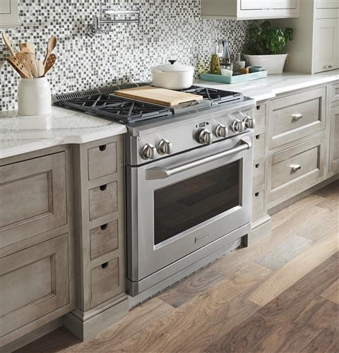 "Thumbnail of Monogram 36"" All Gas Professional Range with 4 Burners and Griddle (Natural Gas) 15"